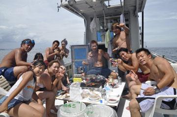 船上BBQパーティー