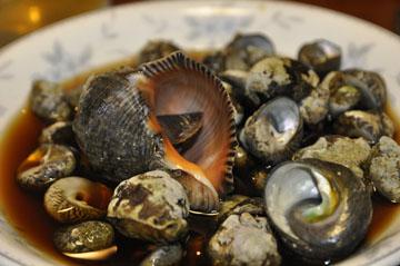 採れた貝 自宅で味付けて とても美味