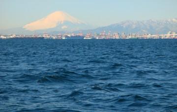 冬晴れの富士山