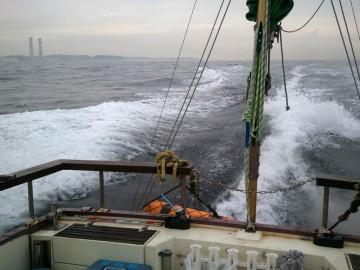 5時に久里浜沖を通過・・・