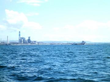 天気も良くのんびりと大型船で4人はゆったり