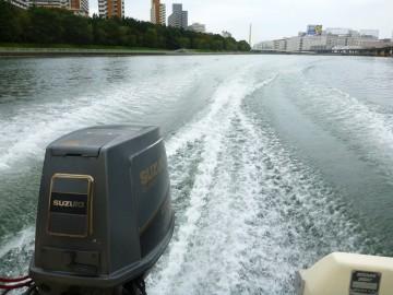 マコちゃんのおかげで快調に京浜運河を疾走・・