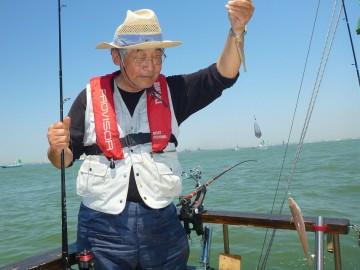 大小のダブルヒット・・・今日は置き竿に来ないと・・・山口さん