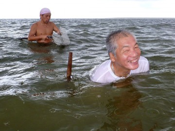 マコちゃんイシさんも途中から和船で来ました
