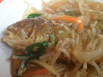 イシモチの中華あんかけ・・・カラット揚がって頭からたべられました