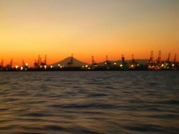 帰路・夕日に富士山のシルエットが綺麗・・・!
