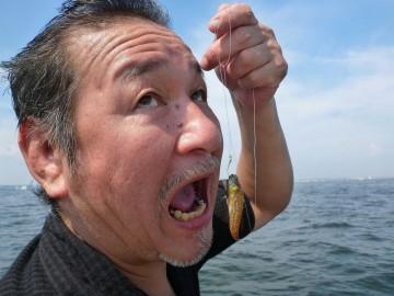 マスター・・・スゴイのを釣っちゃてびっくり顔