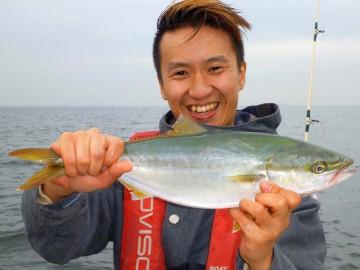 初めての釣り・初めてのヒット 楽しそうです