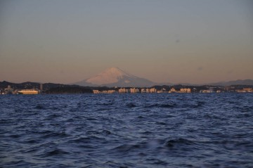 朝焼けの富士山・・・こんな日は風が強まりそう