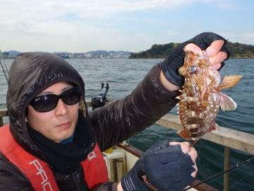 高橋さん いいサイズのカサゴをゲット