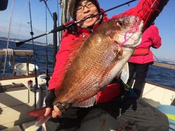 タイラバ初挑戦・・・3.68kg64cmの見事な鯛が・・・!