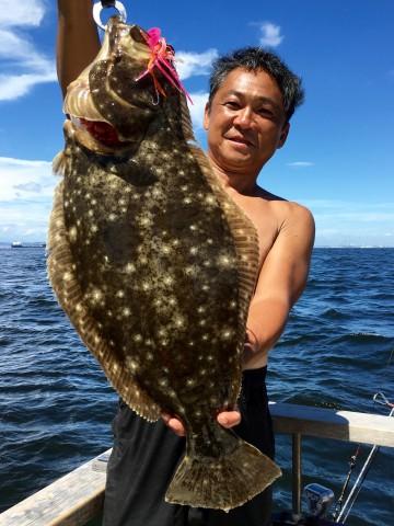 でかいヒラメが・・・2.33kg・・・66cm