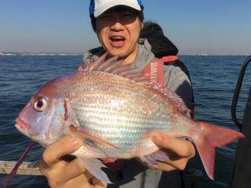 人生初船釣り初タイラバはハナダイから・・・上西さん