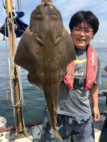 大物かと・・・3kg超えのカスザメは中田さん・・・!