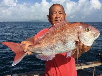 船長が1.64kgを釣り景気付け・・・!