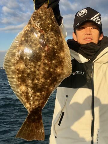 肉厚のヒラメが・・・初っ端の一流しで・・前田さん