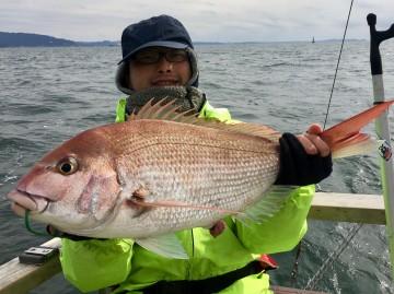 初タイラバ初マダイで3.26kg・・鳴海さん おめでとう・・・!