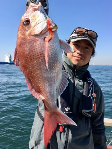 つり人の編集長 八木さんはタイラバ初マダイ・・・1.65kg・・・おめでとう!