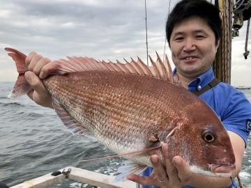 人生初海釣り・・・タイラバで2.39kg・・・高井さん・おめでとう・・!