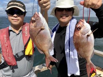 野口さんと石井さん・・・綺麗なピンクをゲット・・・!