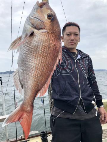 やっとキロオーバー・・・1.58kg・・・加藤さんヤッタネ!!!