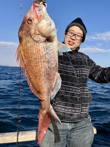 平山さん 初マダイ・・おめでとう・・・4.17kg!!!