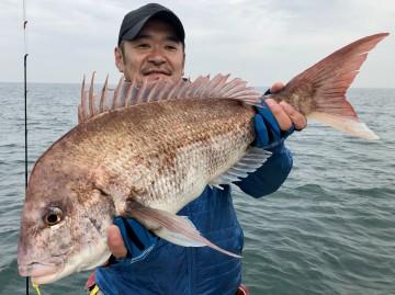 浜崎さん・・絶好調・・・2枚目は3.33kg・・・!