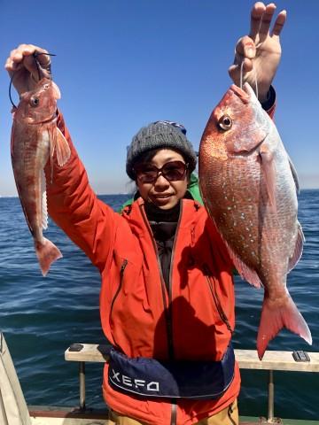 Nさんが釣ったホーボーとことちゃんが釣った1.31kgのピンク・・・