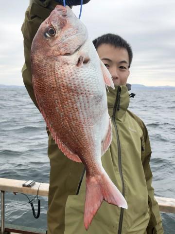 伊藤さん・・・綺麗なピンクは・・・1.04kg・・・!