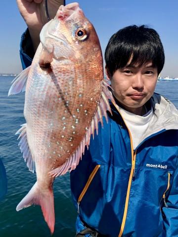 釣り始めてでタイラバに挑戦・・・740g・・ヤッタネ・・・!