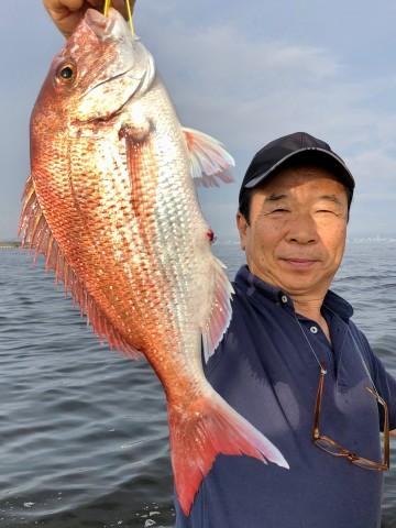 倉田さん・・・1.46kg・・・綺麗なピンクが朝日に輝きゴールドに