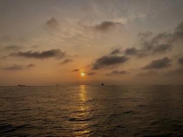日の出とともに南下・・・!