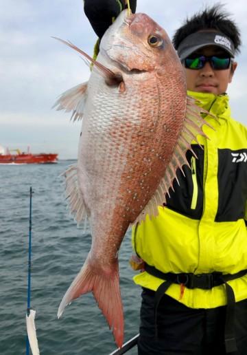 中島さん・・・ナイスサイズ1.8kg・・・!