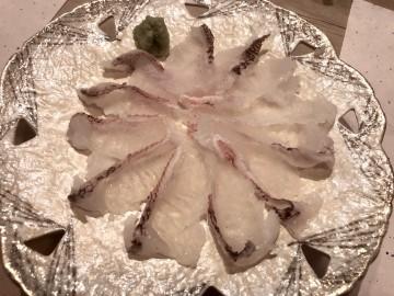 オニカサゴのお造り・・・甘みが有り美味しかったです・・・!